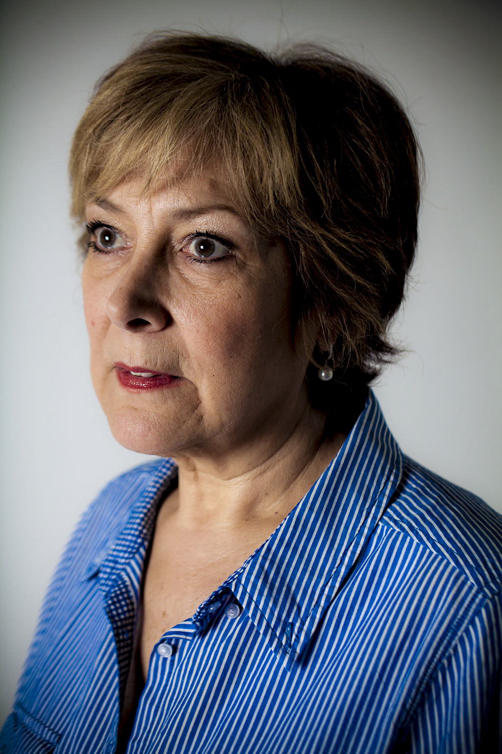 Linda Bellingham, actor